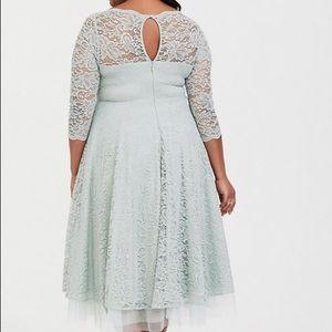 torrid Dresses - TORRID NWT 20 MINT GREEN LACE DRESS